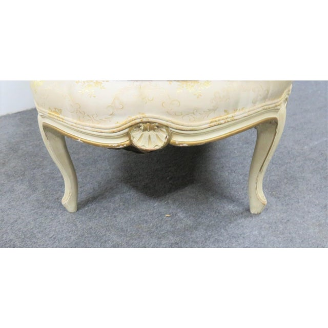 Louis XV Louis XV Style Cream Painted Chaise Lounge For Sale - Image 3 of 7