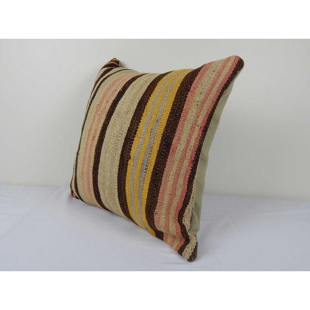 "Mid-Century Modern Vintage Turkish Hemp Kilim Pillow 18"" X 18"" For Sale - Image 3 of 6"