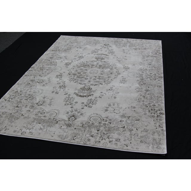 Contemporary Transitional Distressed Gray Rug - 5'3'' x 7'7'' For Sale - Image 3 of 8