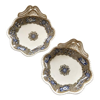 Georgian Spode Shell Dishes, a Pair For Sale