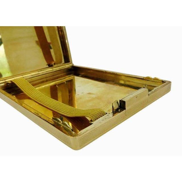 Art Deco 18-Karat Gold Art Deco Cigarette Case For Sale - Image 3 of 10