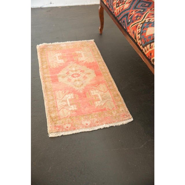 """Vintage Distressed Oushak Rug Mat - 1'7"""" X 2'11"""" For Sale In New York - Image 6 of 7"""