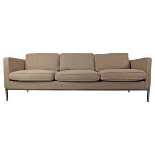 Mid-Century Modern Sofa in the Style of Knoll For Sale