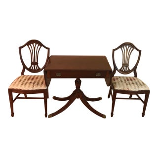 Mid 20th Century Hepplewhite Georgian Regency Style Table and Chairs - Set of 3 For Sale