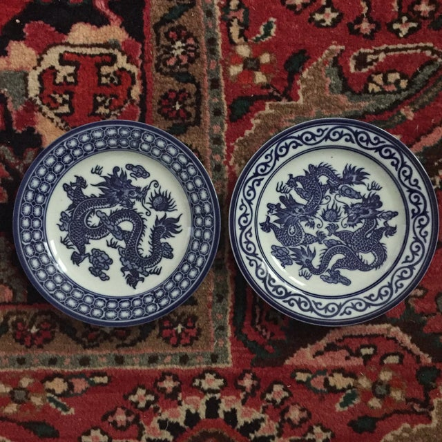 Blue Vintage Chinoiserie Blue and White Asian Foo Dragon Decorative Plates - a Pair For Sale - Image 8 of 10