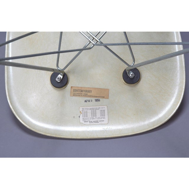 1950s Mid-Century Modern Charles Eames Fiberglass Shell Chair For Sale In Boston - Image 6 of 7