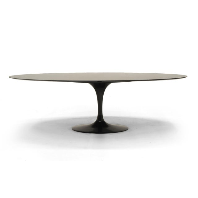 1960s Large Oval Dining / Conference Table in Black Granite by Eero Saarinen for Knoll For Sale - Image 5 of 5