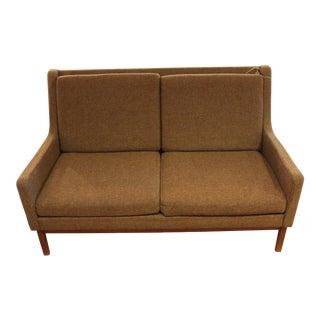 William H. Gunlocke Rare 1960s Sofa in Original Upholstery For Sale