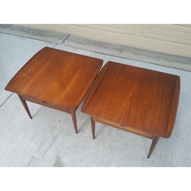Bassett Mid-Century Modern Artisan End Tables - A Pair - Image 5 of 10