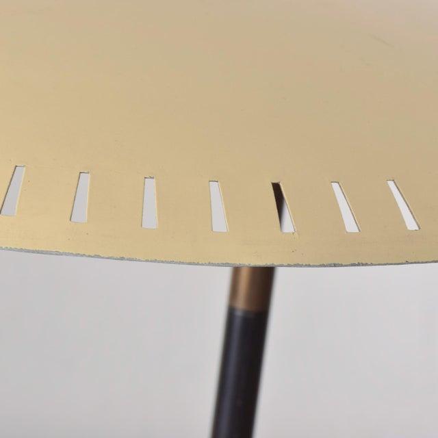 Almond Midcentury Italian Table Lamp Desk Light Sarfatti Arteluce Stilnovo 1950s For Sale - Image 8 of 11