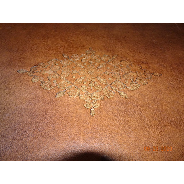 19th Century French Writing Desk With Leather Top For Sale In New Orleans - Image 6 of 13
