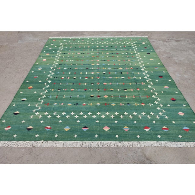 Mid-Century Modern Handmade Cotton Vegetable Dyed Green Shooting Star Rug For Sale - Image 3 of 11