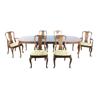 Hickory Furniture Queen Anne Style Dining Set