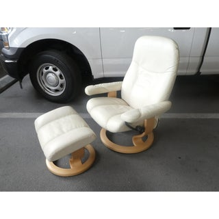 Norwegian Ekornes Stressless White Leather Chair and Ottoman Preview