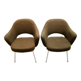 Chocolate Brown Saarinen Fortholl Chairs - a Pair For Sale
