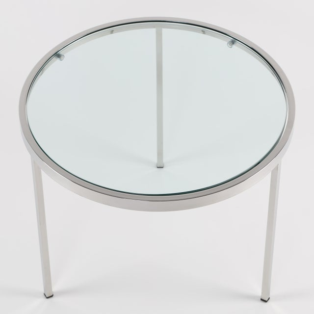 Mid-Century Modern 1970's VINTAGE MILO BAUGHMAN ROUND CHROME SIDE TABLE For Sale - Image 3 of 8
