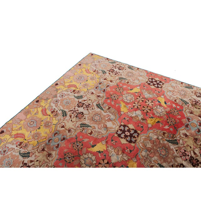 Agra Carpet in Wool & Silk For Sale - Image 4 of 11