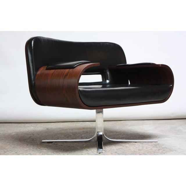 Brazilian Modern Jacaranda and Leather Swiveling Lounge Chair by Jorge Zalszupin For Sale - Image 13 of 13