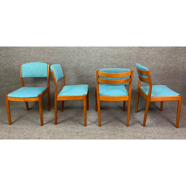 FDB Møbler 1960s Vintage Poul Volther Danish Modern Oak Dining Chairs- Set of 4 For Sale - Image 4 of 11