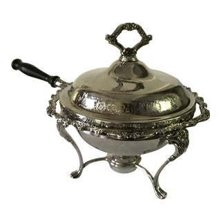 Vintage Uibr Countless, 6275 by International Silver Company Silverplate Covered Chafing Skillet Pan Serving Dish For Sale