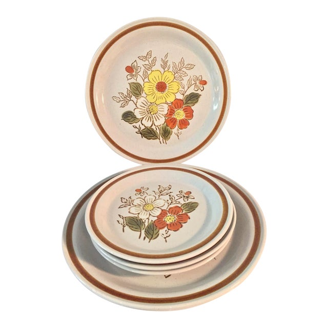 1970s 70's Stone Creek Stoneware Dinner and Bread Plates - Set of 6 For Sale