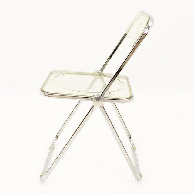 Transparent Vintage Mid Century Anonima Castelli Italian Lucite Folding Chairs- Set of 6 For Sale - Image 8 of 11