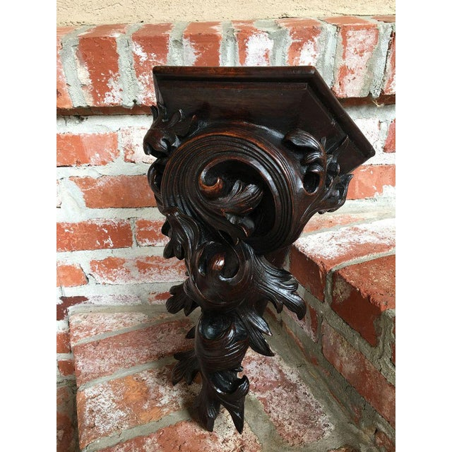 French Antique French Victorian Carved Walnut Corbel Wall Shelf For Sale - Image 3 of 11
