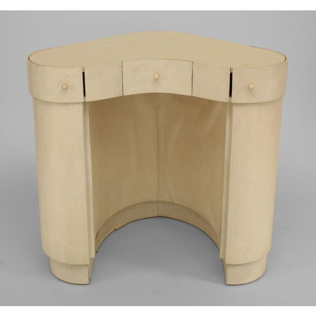 Art Deco Italian Art Deco White Parchment Deminuative Triangular Form Lady's Dressing Table For Sale - Image 3 of 3