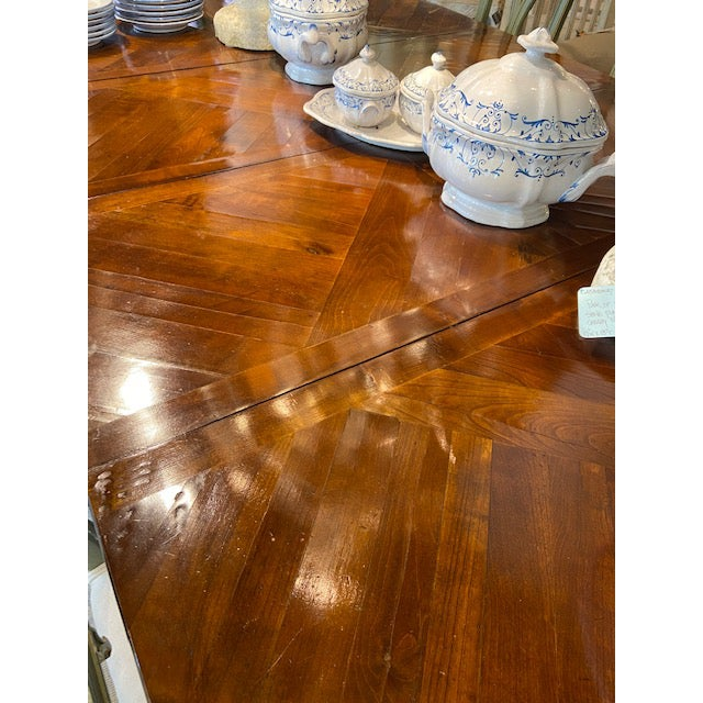 Italian Mahogany Dining Table with Four Leaves For Sale - Image 4 of 6