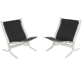 """Siesta"" Lounge Chairs by Westnofa - a Pair For Sale"