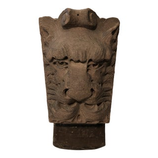 Sandstone Lion Keystone With Stainless Steel Display For Sale