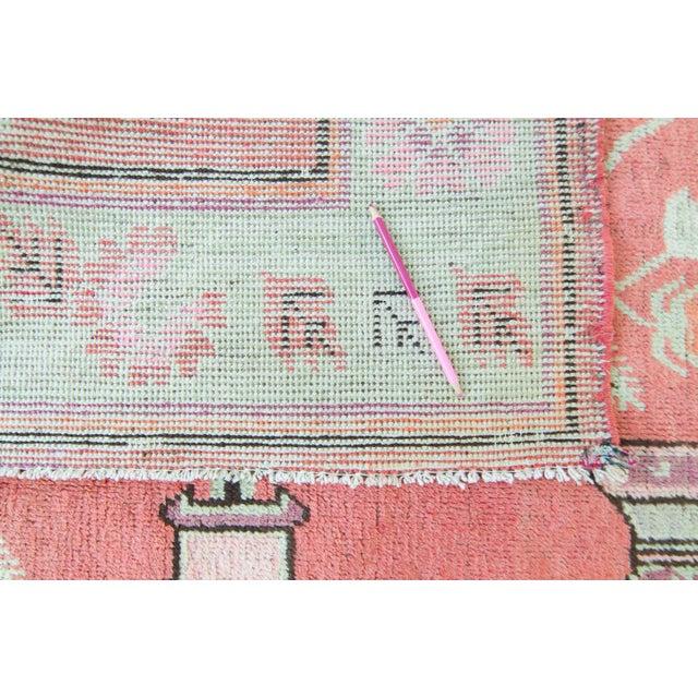Vintage 1920s Samarkand Khotan Salmon Mint Floral Vases Handwoven Wool Rug - 4′10″ × 8′ For Sale - Image 10 of 11