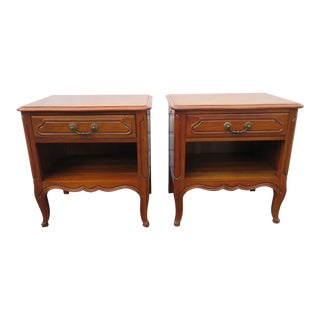 Pair of Nightstands Side End Tables by Davis For Sale