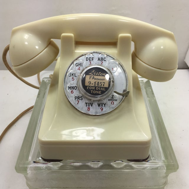 Western Electric 1950s Ivory 302 Telephone - Image 2 of 8