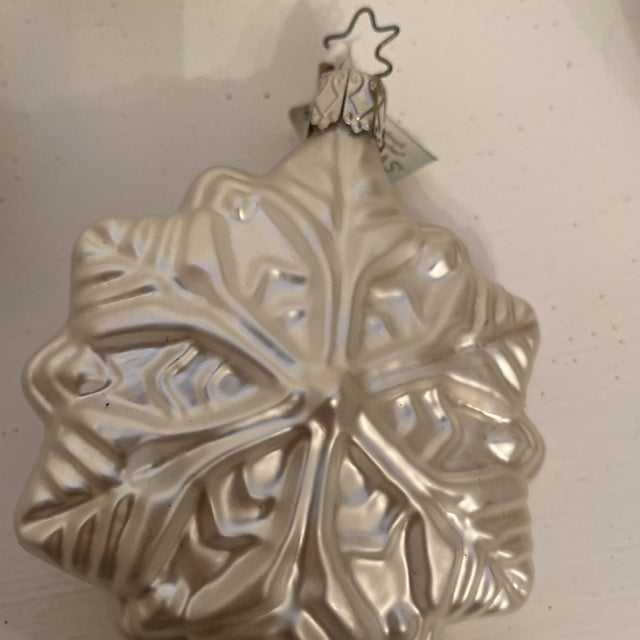 Inge Glass Snowflake Ornaments - Set of 6 For Sale - Image 4 of 13