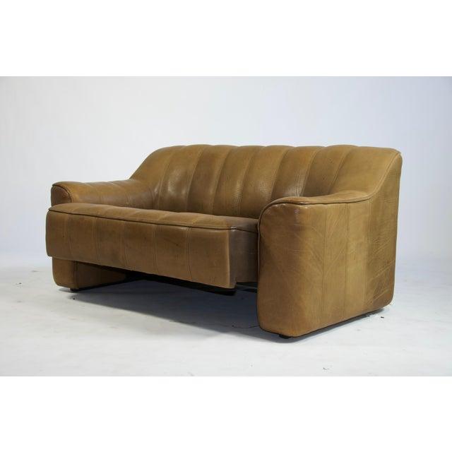 De Sede De Sede Ds44 Leather Sofa For Sale - Image 4 of 8