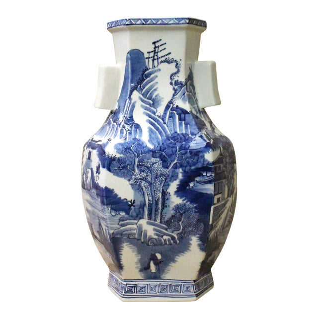 Chinese Blue & White Porcelain Oriental Mountain Scenery Graphic Vase For Sale