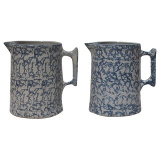Pair of 19th Century Spongeware Pitchers For Sale