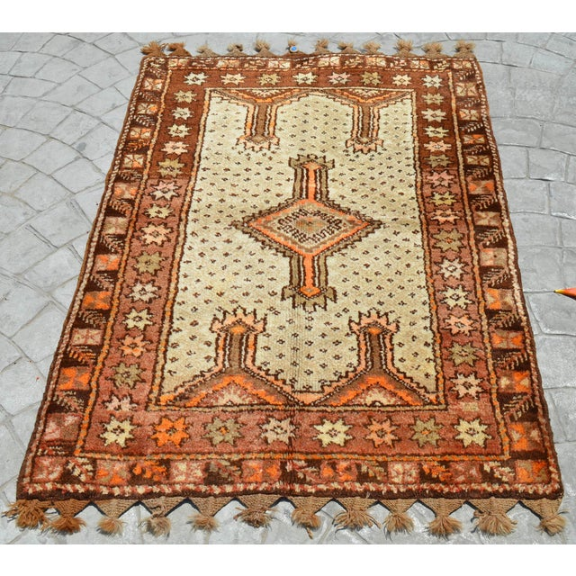 "Turkish Tribal Rug. Faded Colors Petite Kilim Rug - 3'6"" X 4'11"" For Sale - Image 4 of 12"