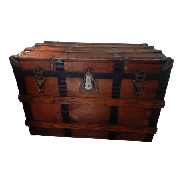 Early 20th Century Vintage Steamer Trunk For Sale