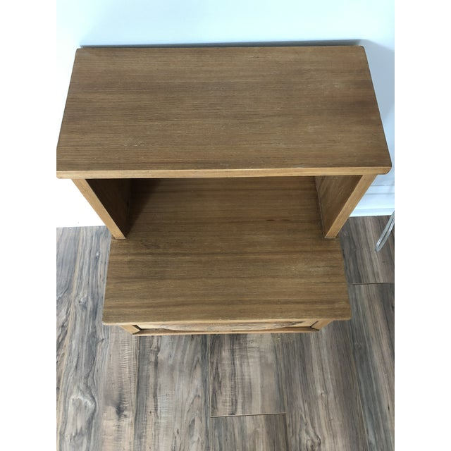 Mid-Century Modern Mid Century Modern Side Table For Sale - Image 3 of 6