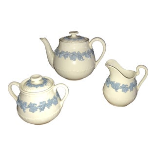1930s Vintage Wedgwood Tea Set of 3 For Sale