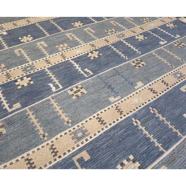 Mid-Century Modern Hand-Woven Swedish Style Wool Rug For Sale - Image 3 of 5