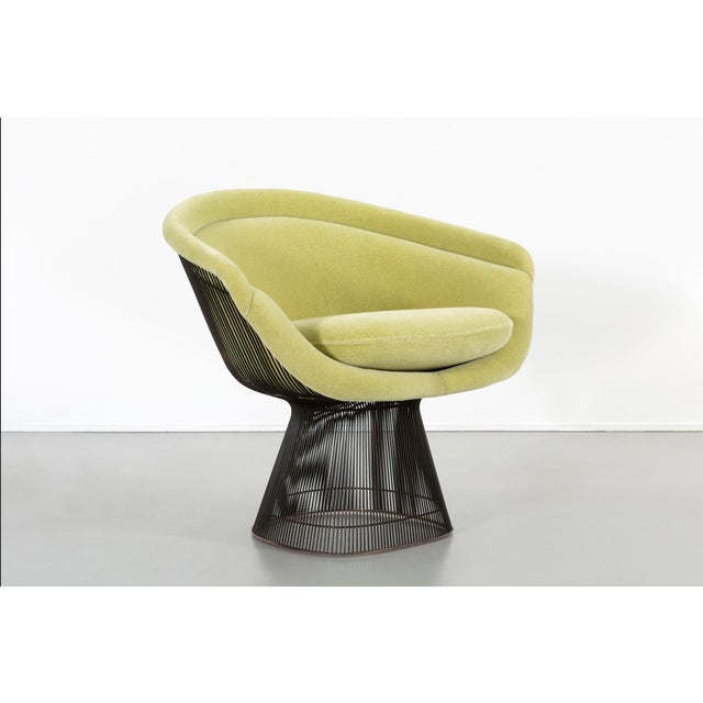 Set of Mid-Century Modern Bronze Platner Lounge Chairs for Knoll For Sale In Chicago - Image 6 of 13