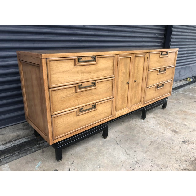 Mid Century chinoiserie style dresser, made by American of Martinsville. Beautiful solid wood frame on ming style base....