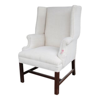 Small Wingback in Linen