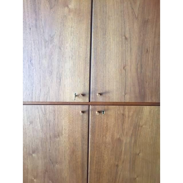 Barzilay Mid-Century Tall 1960s Walnut Cabinet For Sale - Image 4 of 7