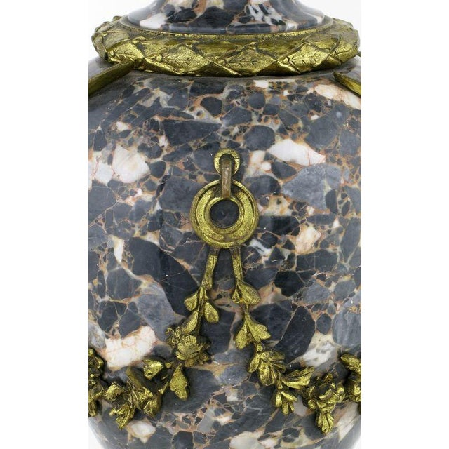Marble Urn Form Lamp With Bronze Rams Heads And Ormolu - Image 4 of 10