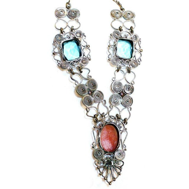 Traditional 1930s Vintage Silver-Plated Filigree Cameo Necklace For Sale - Image 3 of 5