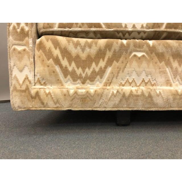 1960s Mid-Century Erwin Lambeth for John Stuart Curved Sofa For Sale - Image 5 of 9